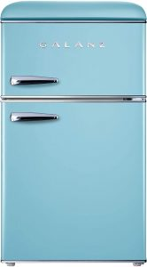 Galanz GLR31TBEER Retro Compact Refrigerator 1