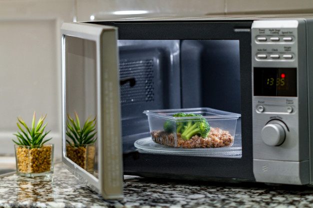 Microwave oven pic