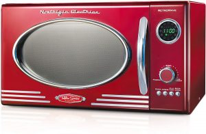 Nostalgia RMO4RR Retro Large 0.9 cu ft 800 Watt Countertop Microwave Oven